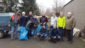 Foto: Fleißige und motivierte Umweltschützer bei der Arbeit (Fotograf: Kathrin Wendt, CDU/10.03.2018)