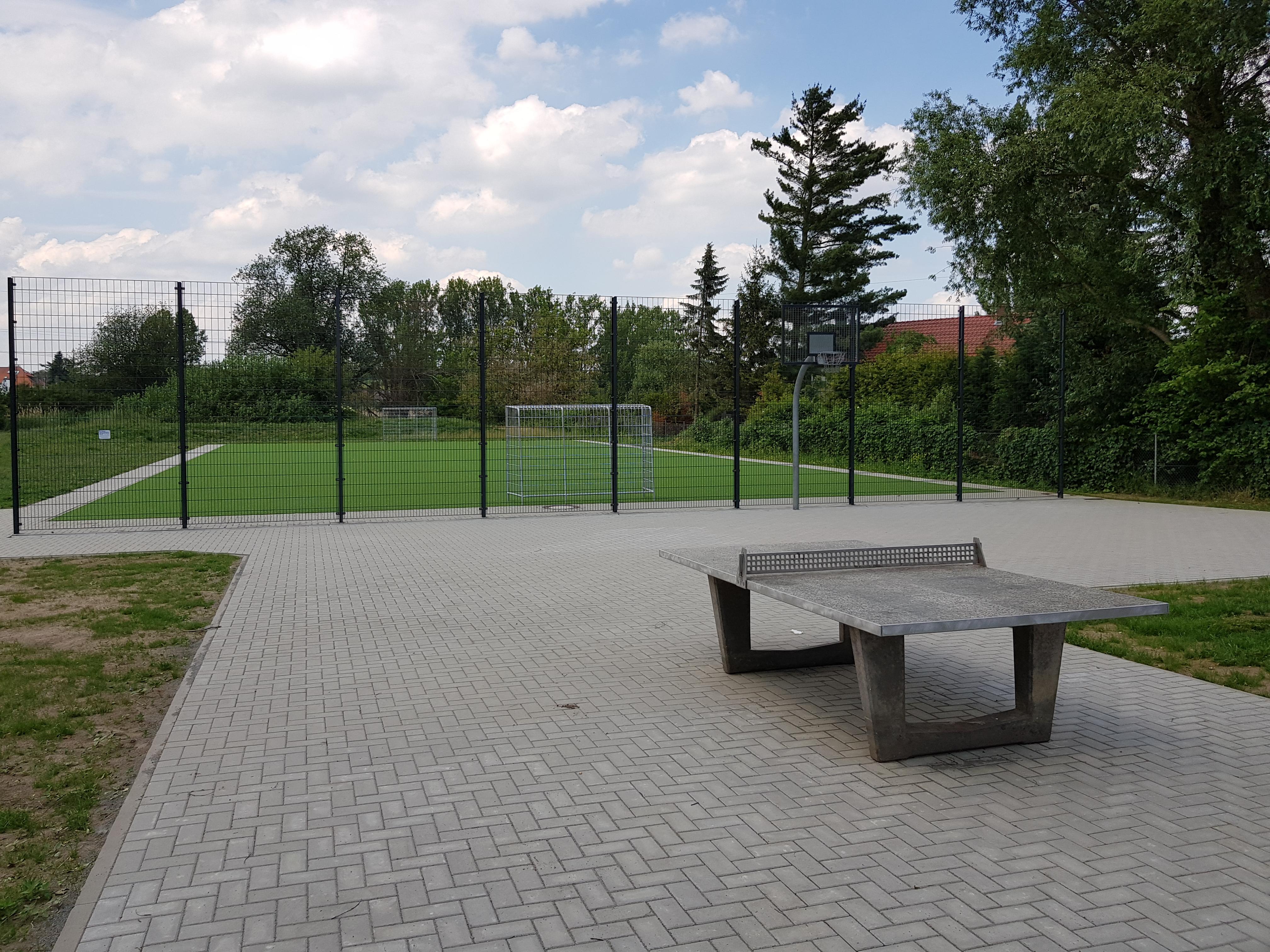 Neugestaltung des Spiel- und Bolzplatzes am Feuerbergweg
